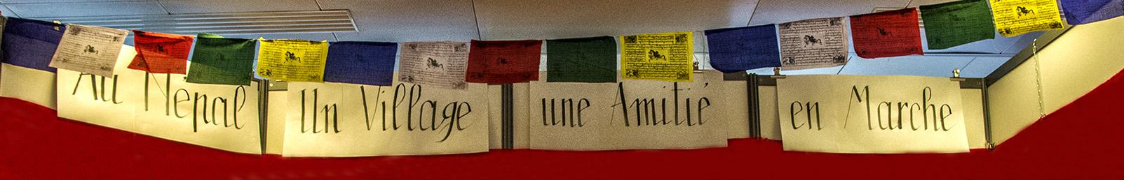 La bannière de notre stand, calligraphiée par Danielle